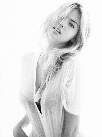 McKayla Maroney Topless. Leaked